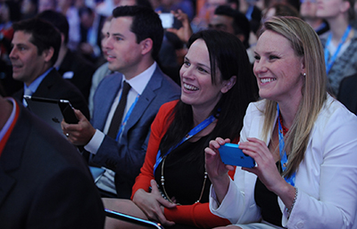 Stay Connected at Dreamforce