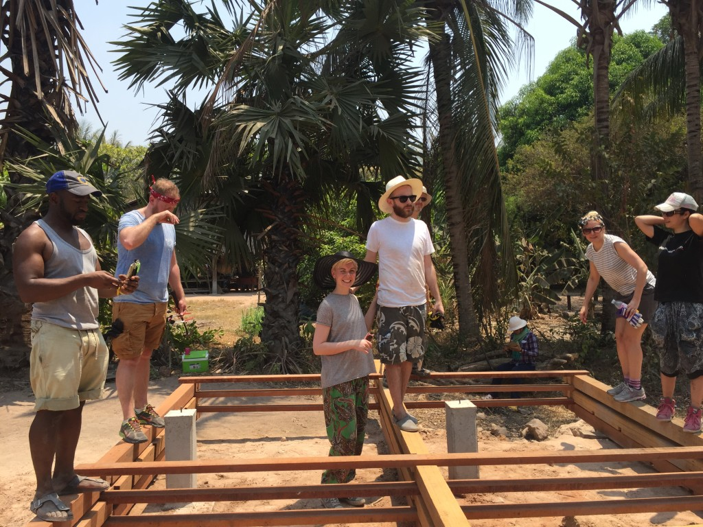 Volunteering Building Cambodia