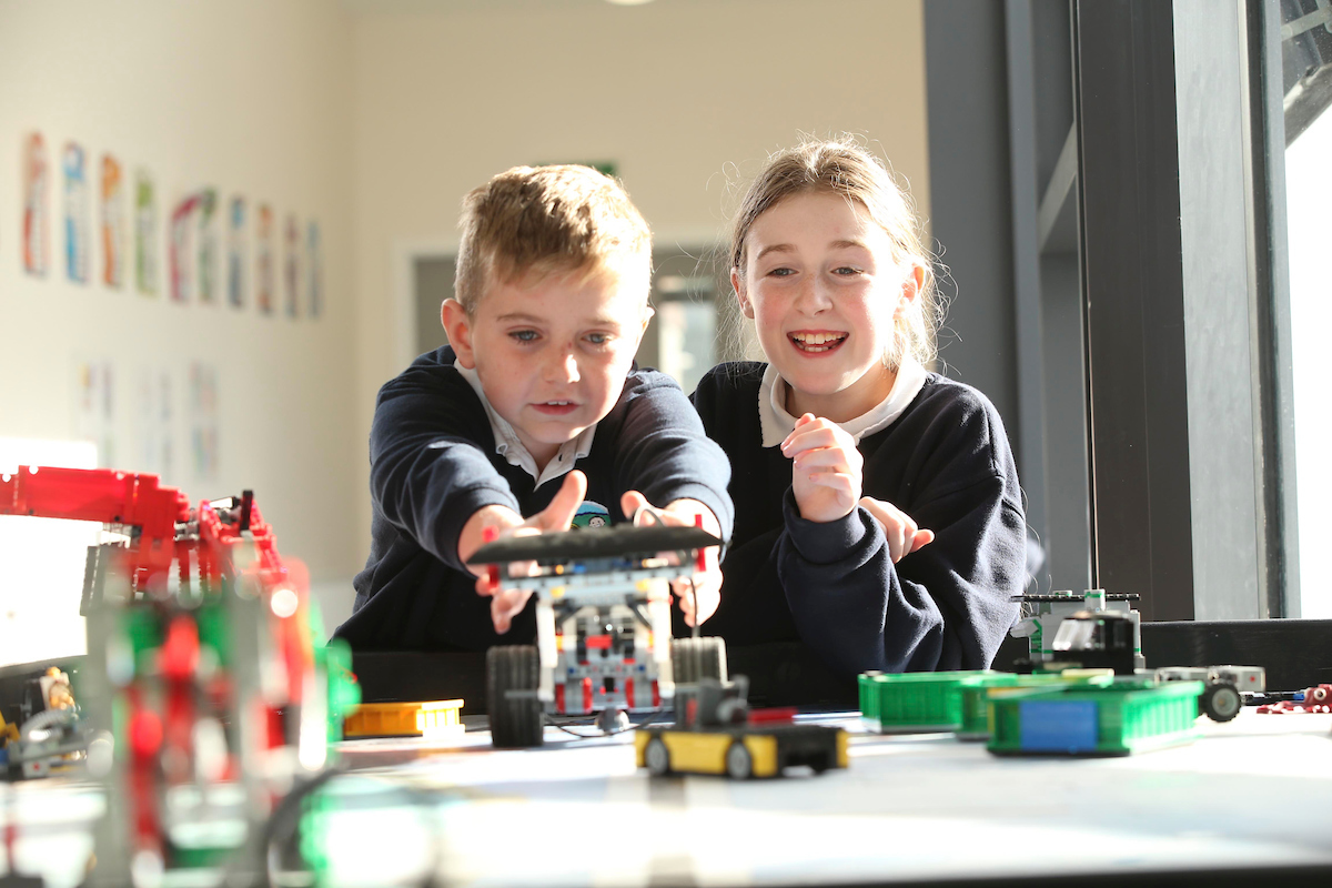 St.Peter's Bray Kids playing Lego League