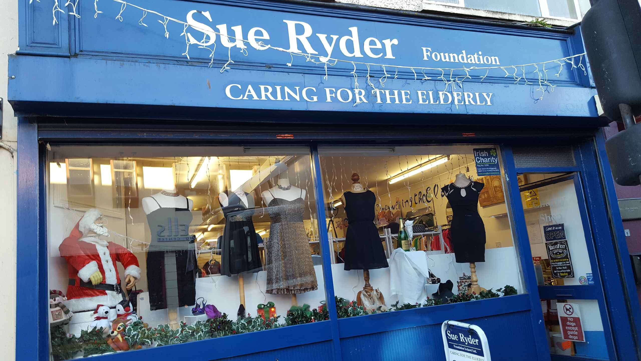 Sue Ryder centres worked with Salesforce volunteers to help build their supporter database to improve their program management and stakeholder engagement.