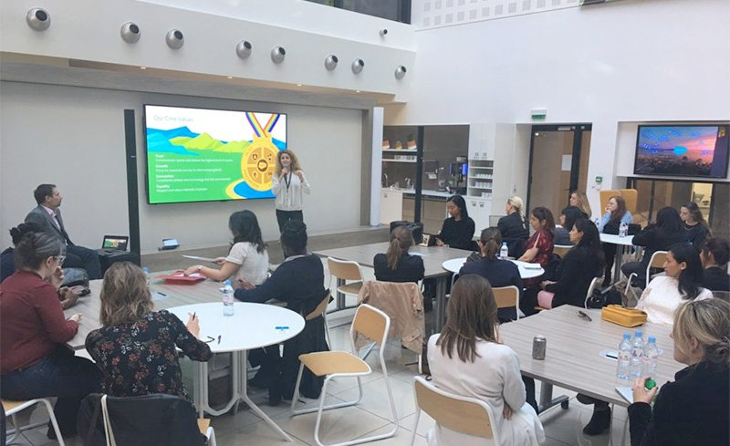 Volunteer activities and workforce development discussions in Paris