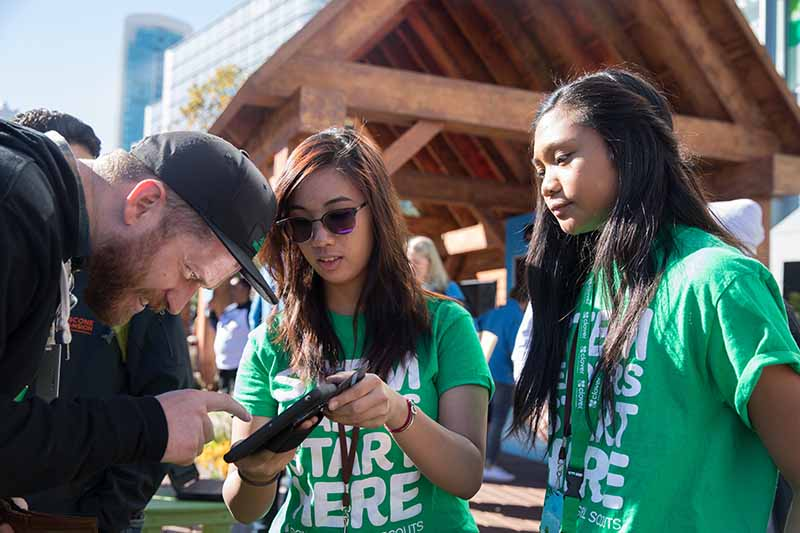 Girl Scouts selling cookies at Dreamforce, nonprofit fundraising