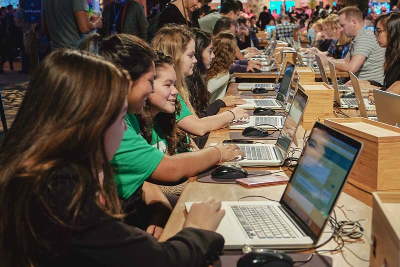 Students learn coding skills at Dreamforce