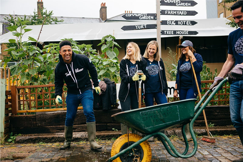 Salesforce employees at a volunteering event.