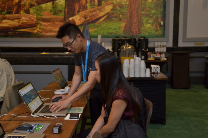 Dreamforce attendee receiving 1:1 instruction at last year's event.