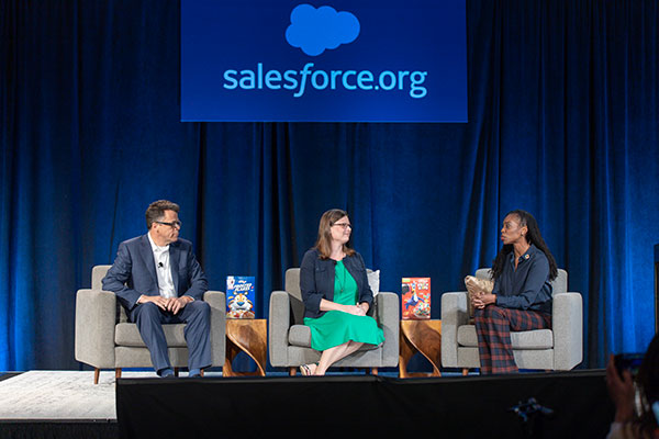 William Browning, Chief Strategy & Transformation Officer, United Way, Stephanie Slingerland, Director, Philanthropy/Social Impact at Kellogg Company, and Ebony Frelix, Chief Philanthropy Officer at Salesforce.org in conversation about fighting hunger at Dreamforce 2019