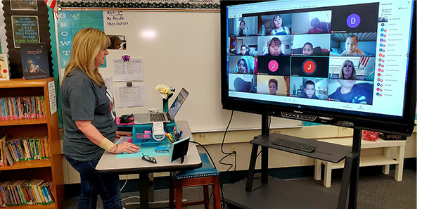 An educator for Madera Unified School District teaches students remotely.